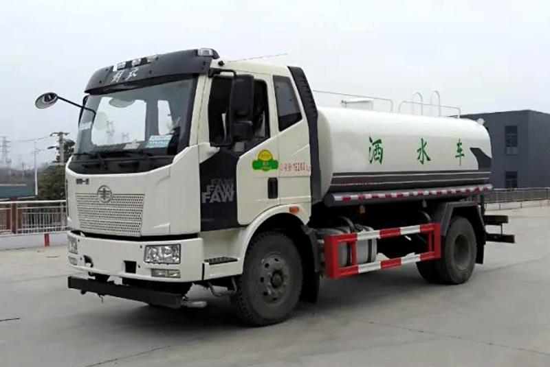 国六解放J6L洒水车图片(三)