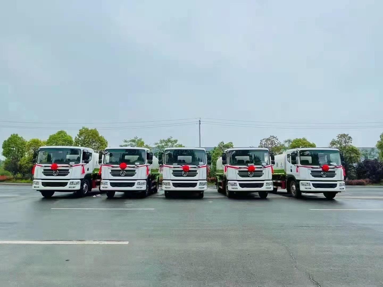 五台东风D9绿化洒水车发往山西太原